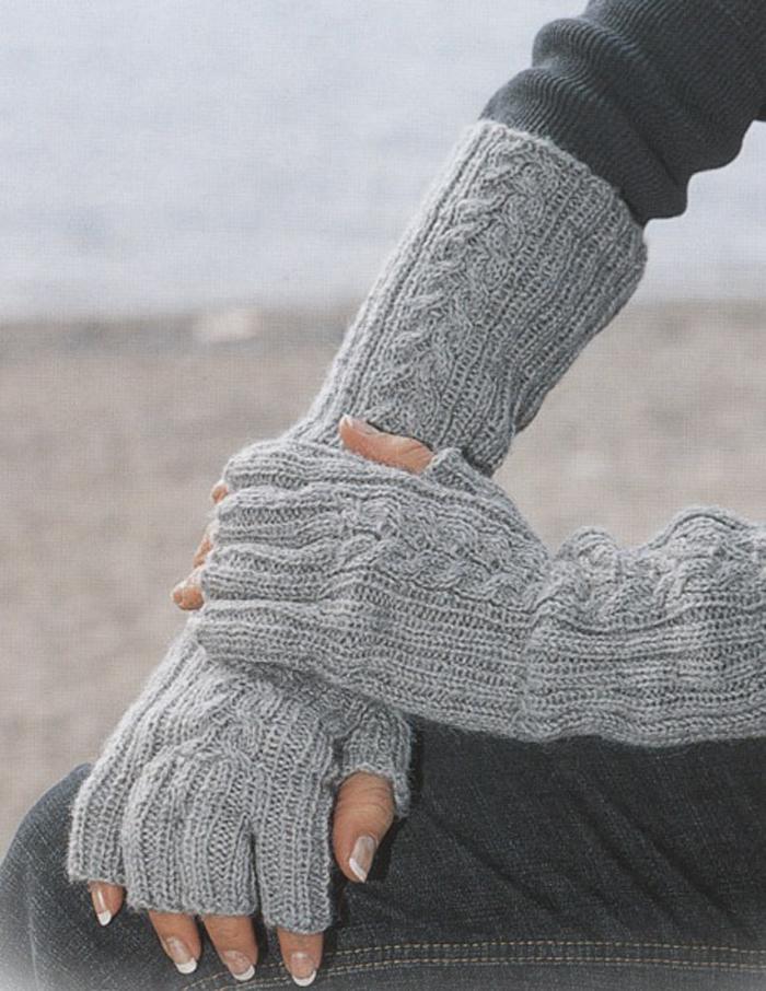 Вяжем перчатки с открытыми